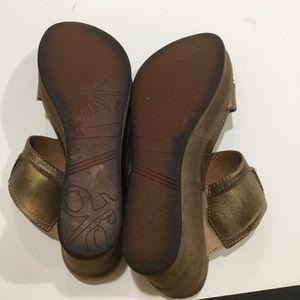 OTBT Shoes - ✅SOLD✅ distressed leather platform wedges size